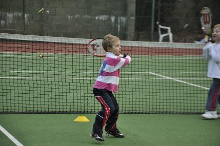 Teaching tennis to 3-4 year olds